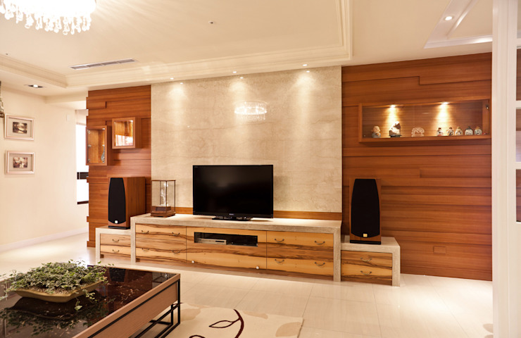 雋 现代客厅設計點子、靈感 & 圖片 根據 松泰室內裝修設計工程有限公司 現代風 實木 Multicolored