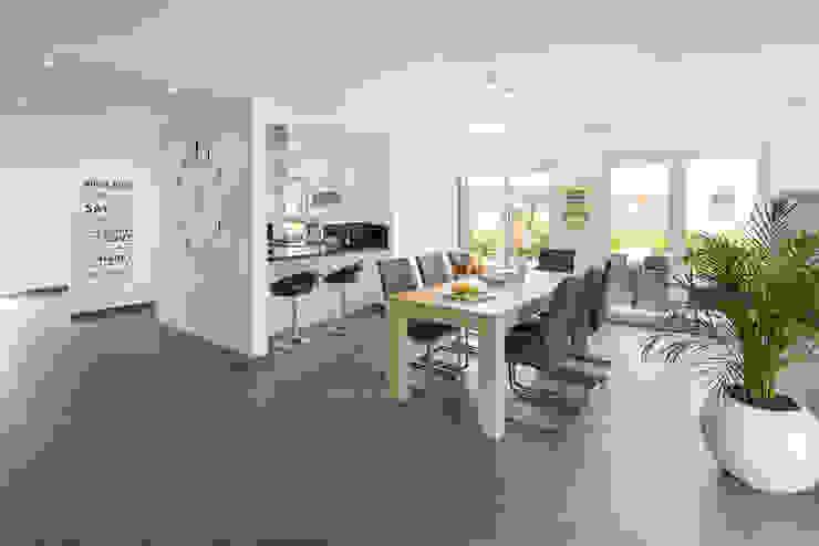 NEO 311 - Ein Zuhause wie eine Insel:  Esszimmer von FingerHaus GmbH - Bauunternehmen in Frankenberg (Eder),