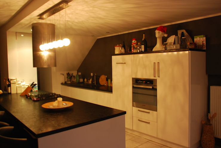 Eclectic style kitchen by Agence Inside DECO Eclectic