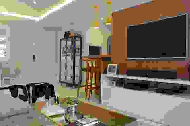LR Arquitetura Modern Living Room