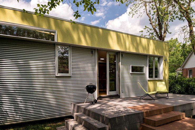 Foto Box House by KUBE architecture Modern