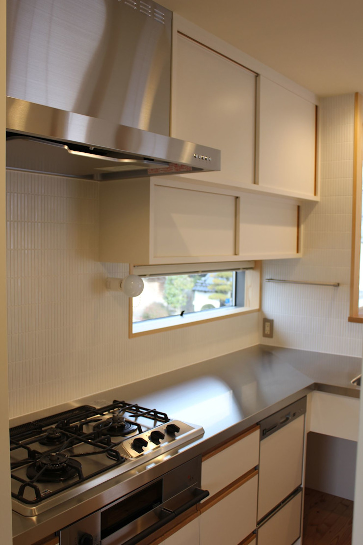 Modern kitchen by 北村建築設計事務所 Modern
