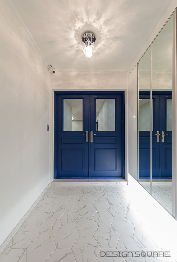 디자인스퀘어 Modern Corridor, Hallway and Staircase Blue