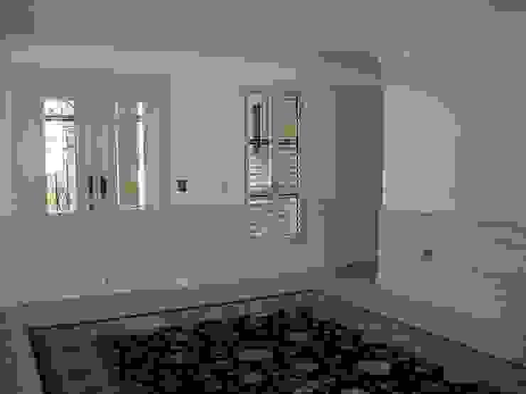 Eklektik Koridor, Hol & Merdivenler CKW Lifestyle Associates PTY Ltd Eklektik Ahşap Ahşap rengi