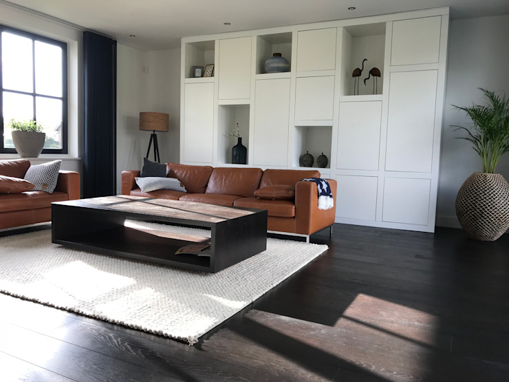 Salones modernos de ARDEE Parket Interieur Design Moderno Madera Acabado en madera