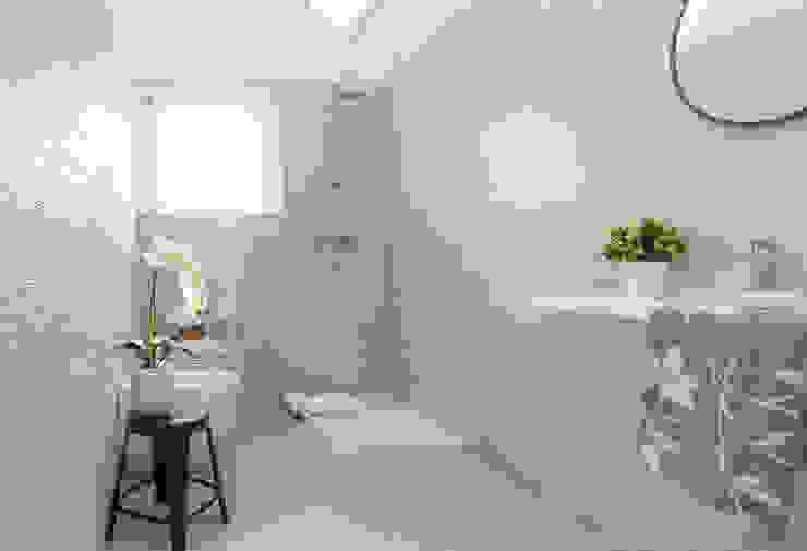 Boite Maison Salle de bain moderne