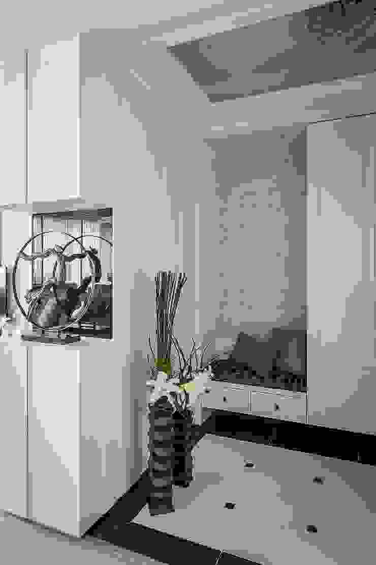 玄關 乡村风格的走廊,走廊和楼梯 根據 鼎士達室內裝修企劃 鄉村風 磁磚