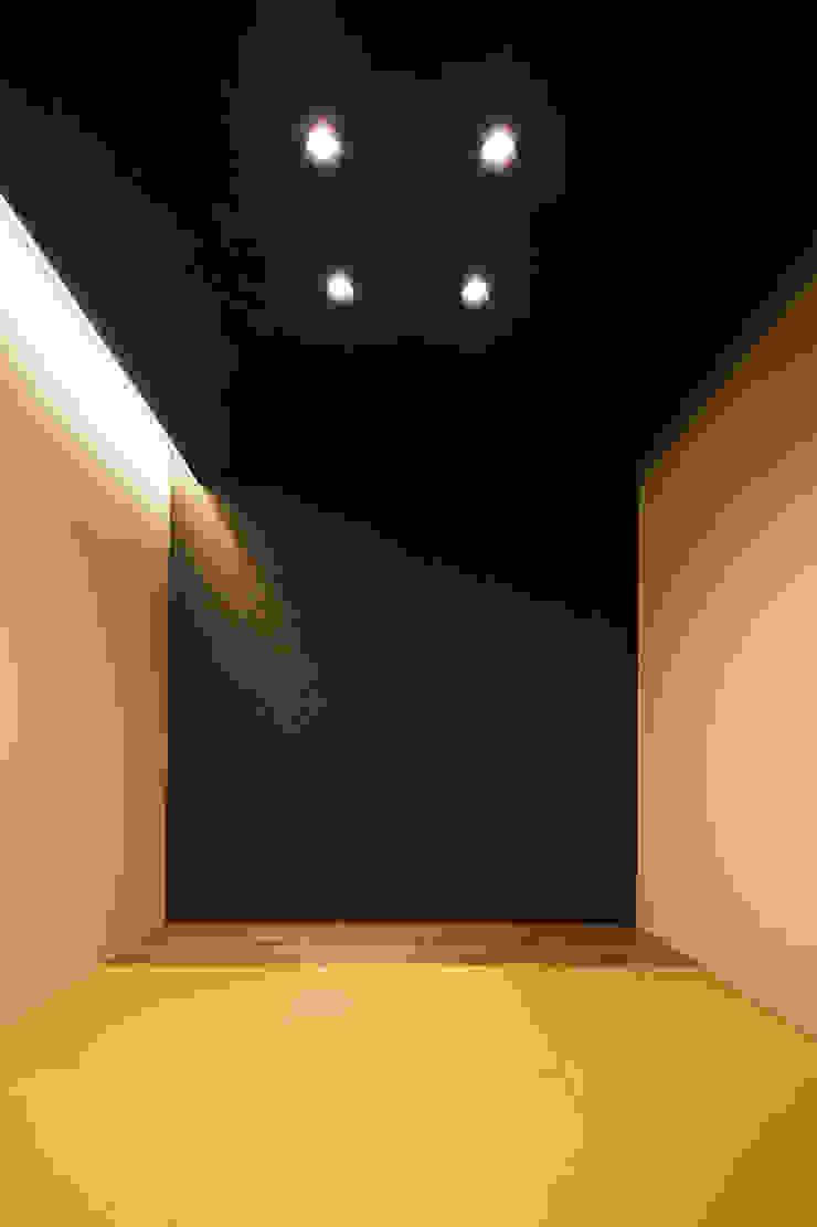 *studio LOOP 建築設計事務所 Modern Media Room