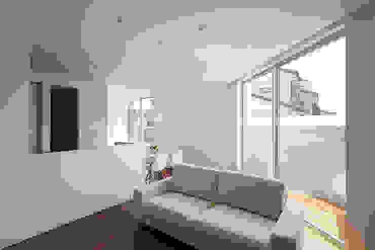 *studio LOOP 建築設計事務所 غرفة المعيشة