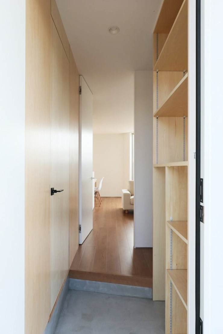 *studio LOOP 建築設計事務所 الممر الحديث، المدخل و الدرج