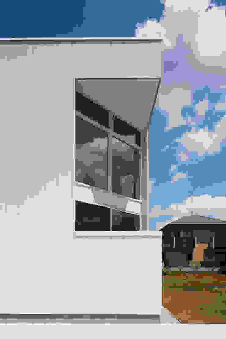 *studio LOOP 建築設計事務所 منازل