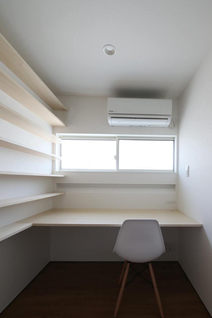 *studio LOOP 建築設計事務所 Modern Study Room and Home Office