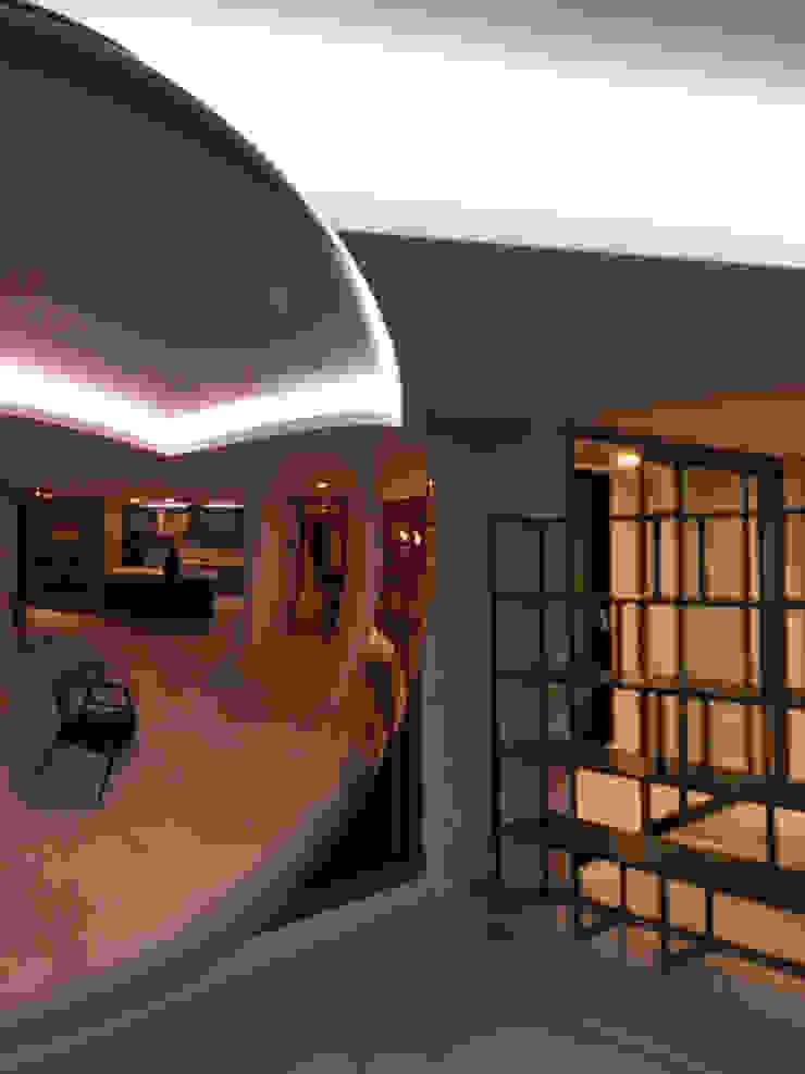 바나나피쉬 Ruang Makan Modern