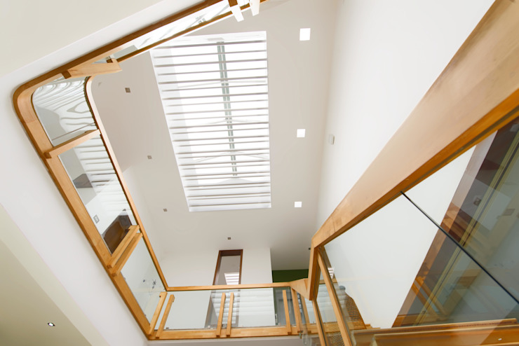 Mobius Modern corridor, hallway & stairs by Architecture Continuous Modern