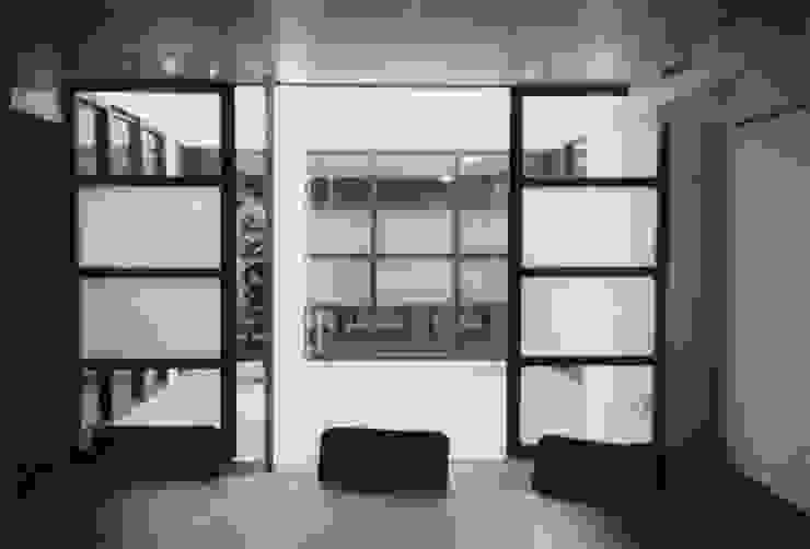 Herbestemming loods tot kantoorpand Industriële kantoorgebouwen van Verheij Architecten BNA Industrieel