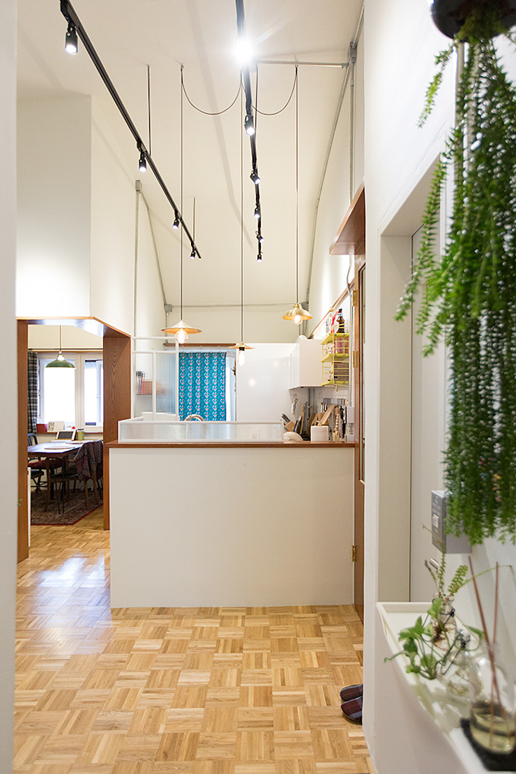 18평 빌라, 탑층 활용기 러스틱스타일 거실 by 미우가 디자인 스튜디오 러스틱 (Rustic)