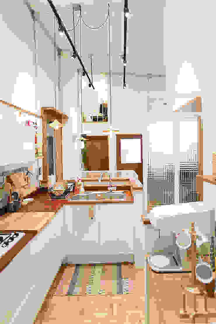 미우가 디자인 스튜디오 Cocinas de estilo rústico