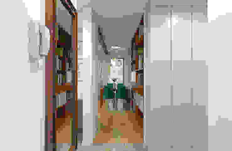 Creoline ทางเดินสไตล์โคโลเนียลห้องโถงและบันได