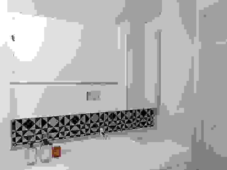 現代浴室設計點子、靈感&圖片 根據 Criadesign Studio 現代風