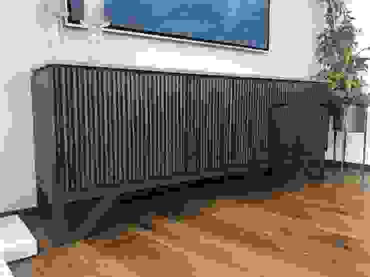 modern  by De Firma Muebles, Modern Solid Wood Multicolored