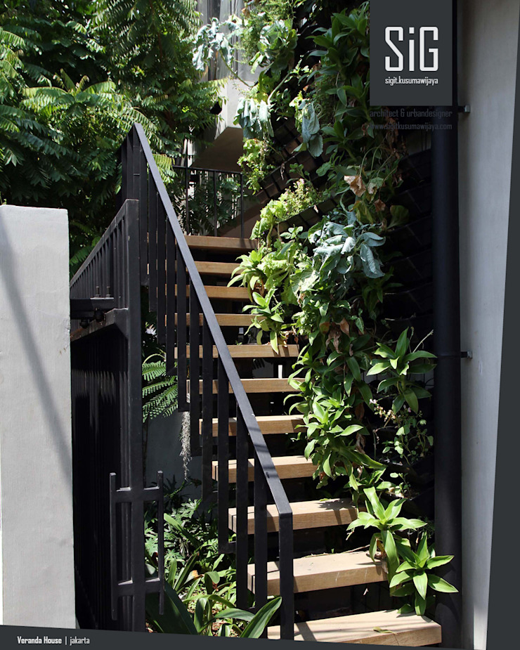 Rumah Beranda – Green Boarding House Oleh sigit.kusumawijaya | architect & urbandesigner Industrial Besi/Baja