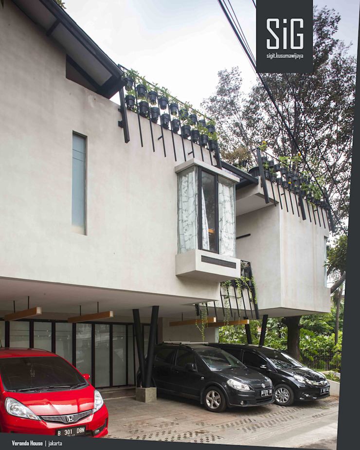Rumah Beranda – Green Boarding House Oleh sigit.kusumawijaya | architect & urbandesigner Industrial Beton