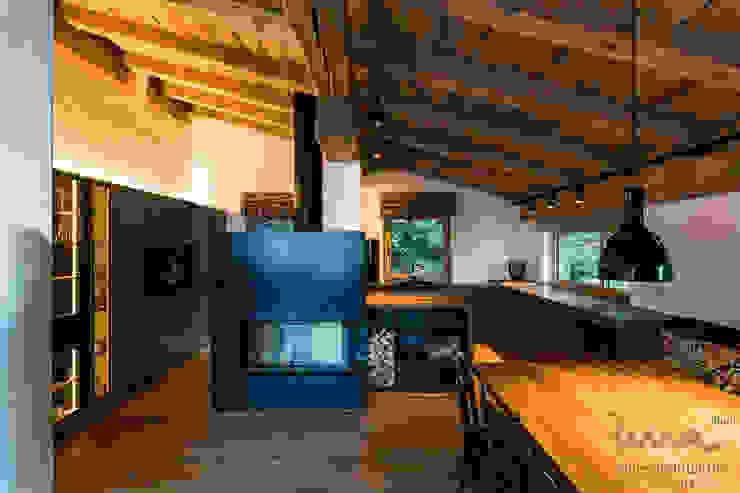 Wohnen am See | Küche Landhaus Küchen von UNA plant Landhaus