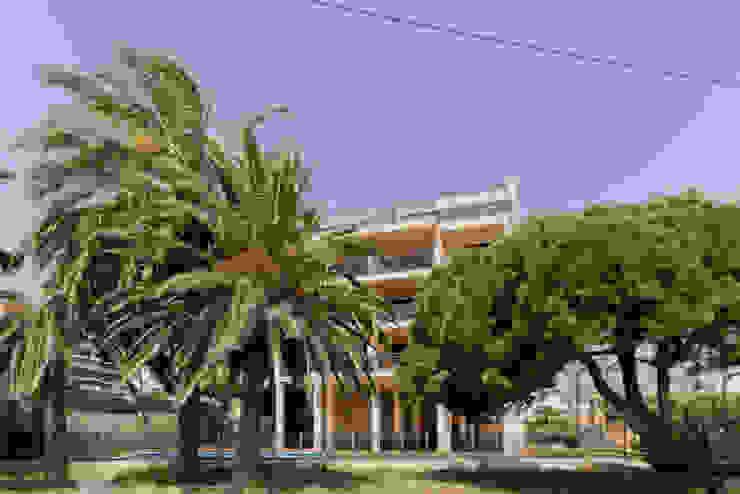 ROX & IRE IBIZA SL Rumah Gaya Mediteran