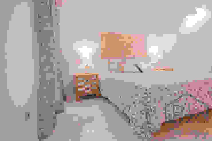ROX & IRE IBIZA SL Mediterranean style bedroom