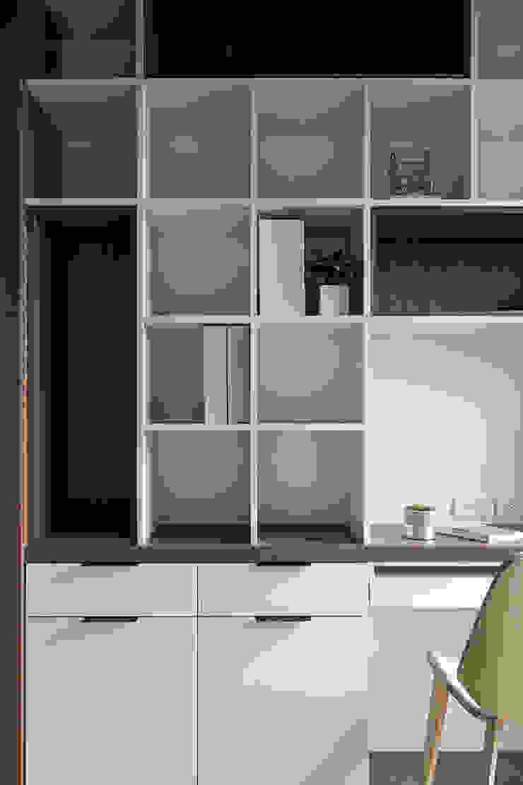 惠宇墩南 现代客厅設計點子、靈感 & 圖片 根據 Fertility Design 豐聚空間設計 現代風