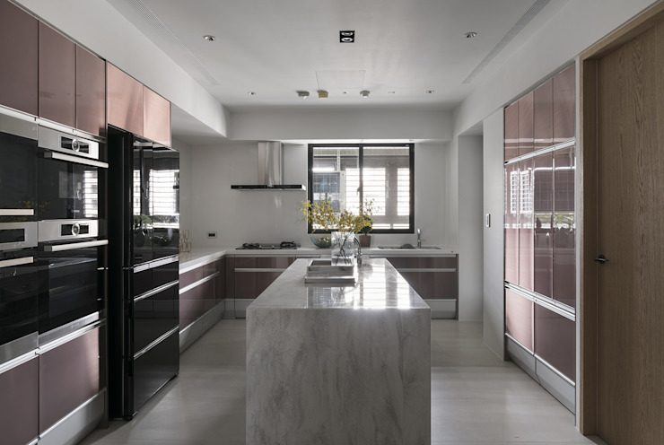 微光 現代廚房設計點子、靈感&圖片 根據 Fertility Design 豐聚空間設計 現代風
