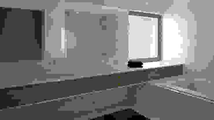 Ванная комната в стиле кантри от EsboçoSigma, Lda Кантри