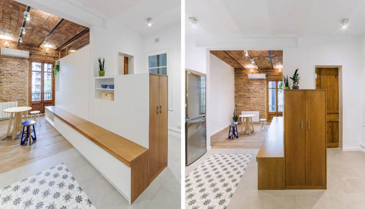 Modern Corridor, Hallway and Staircase by LaBoqueria Taller d'Arquitectura i Disseny Industrial Modern Wood Wood effect