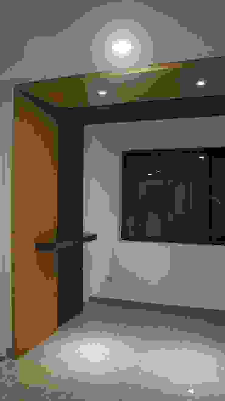 【客製19坪】平屋頂-長治 經典風格的走廊,走廊和樓梯 根據 築地岩移動宅 古典風