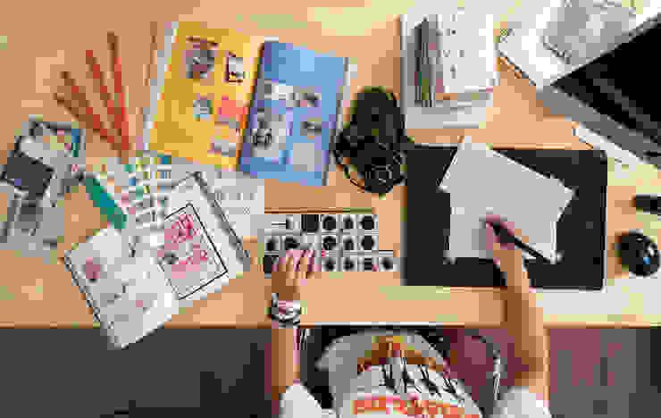 Ronn Residence 平面設計師的家 根據 Studio In2 深活生活設計 隨意取材風 實木 Multicolored