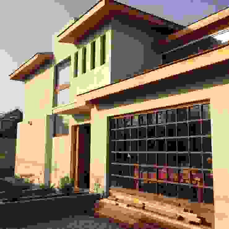 Remodelación y Ampliación de Casa Hernando de Magallanes por Arqbau de Arqbau Ltda. Moderno Concreto