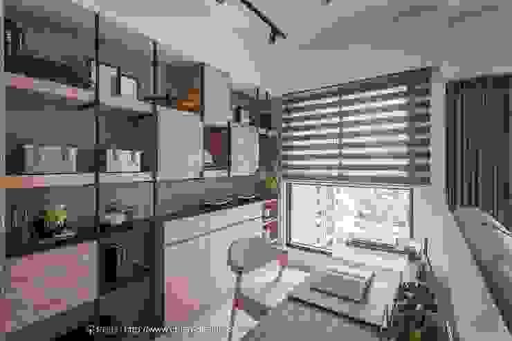 閱讀 鼎士達室內裝修企劃 Study/office Wood Turquoise