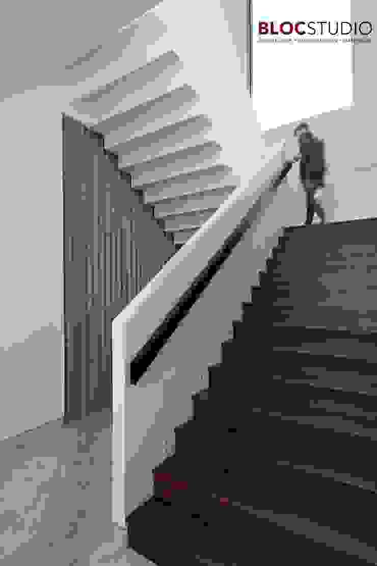 PIKtangular House Oleh BlocStudio Modern Kayu Wood effect