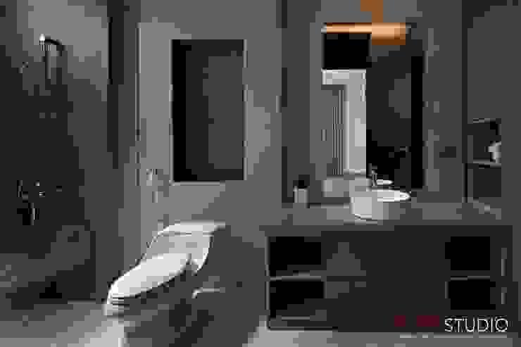 PIKtangular House Kamar Mandi Modern Oleh BlocStudio Modern Keramik