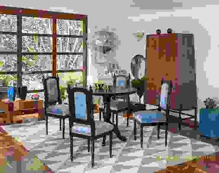 COMEDOR 2 - OCHOINFINITO Comedores de estilo ecléctico de OCHOINFINITO Mobiliario - Interiorismo Ecléctico Derivados de madera Transparente