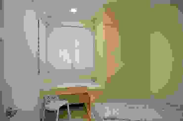 系統板材樣品屋 根據 奇恩室內裝修設計工程有限公司 現代風