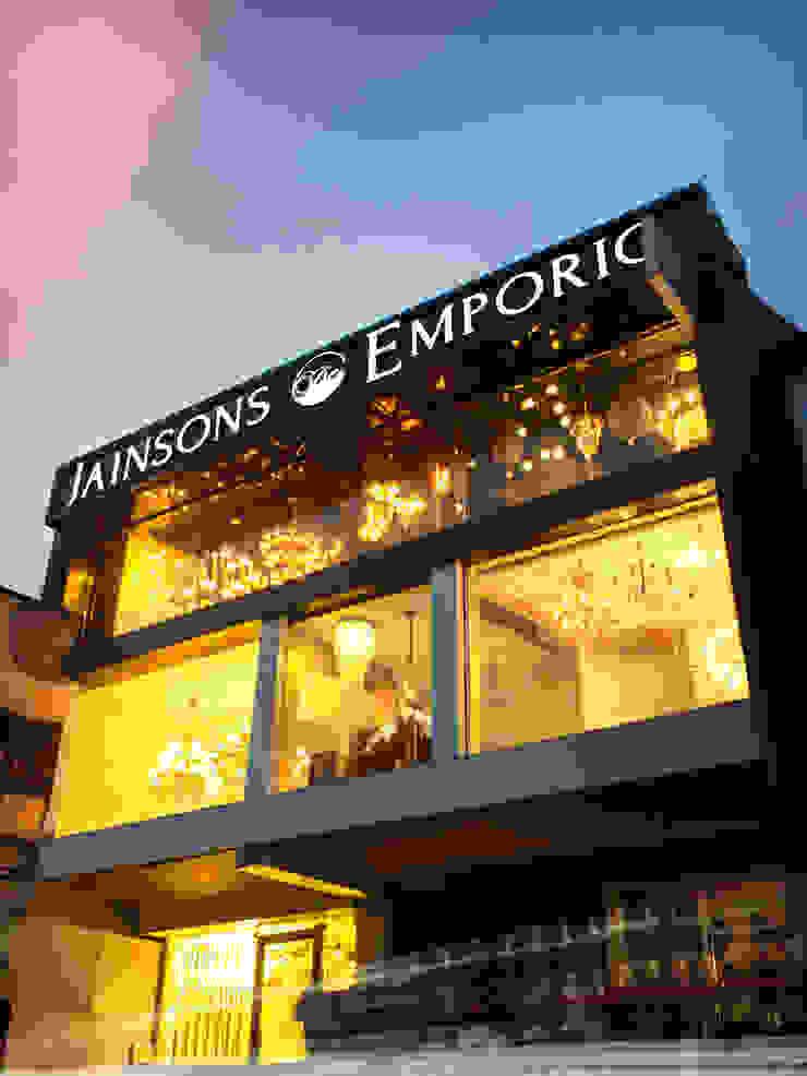 modern  von Jainsons Emporio, Modern Aluminium/Zink