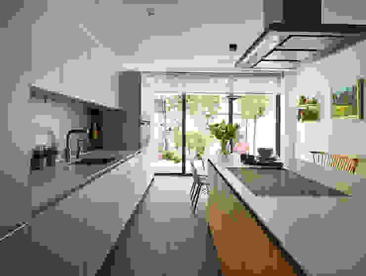 Kitchen Dining by Kitchen Architecture Modern