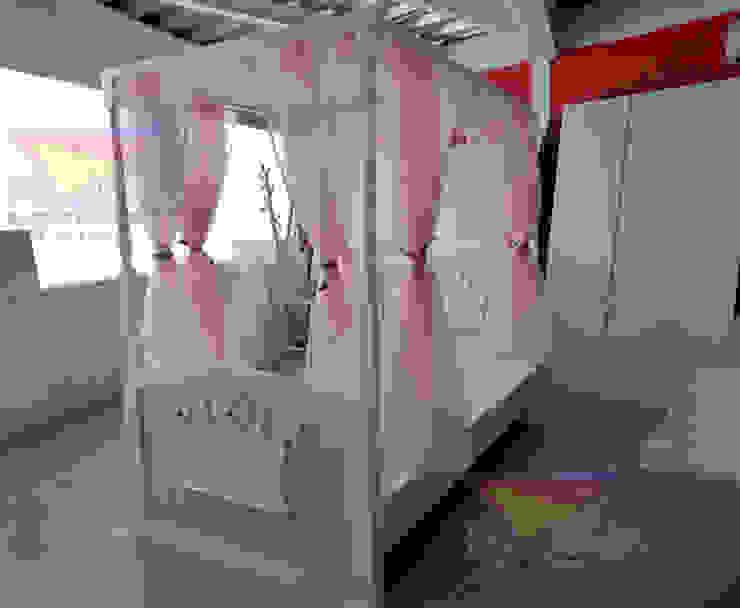 Preciosa cama con dosel de camas y literas infantiles kids world Clásico Derivados de madera Transparente