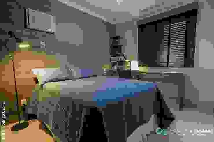 Camarina Studio Modern Bedroom