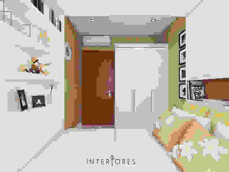 Wardrobe Oleh INTERIORES - Interior Consultant & Build