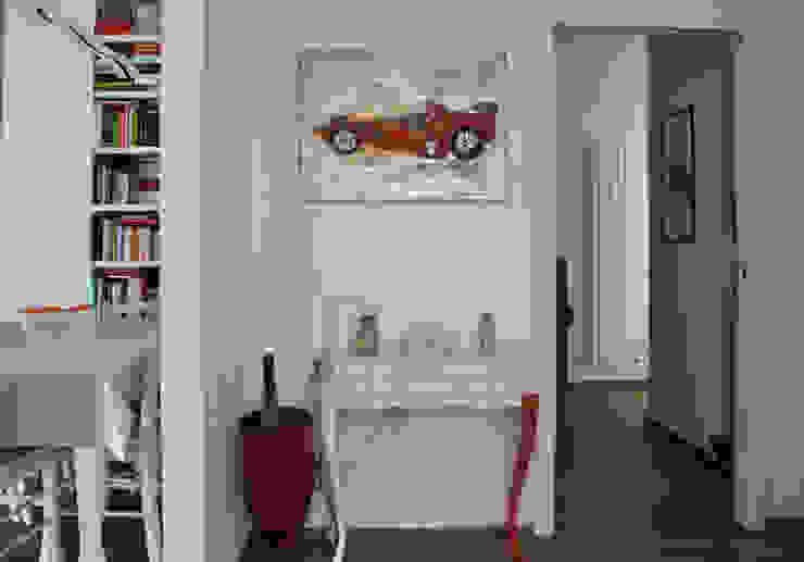 INGRESSO BAGUA Ingresso, Corridoio & Scale in stile moderno