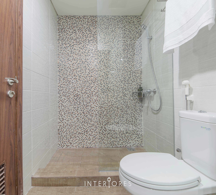 Bathroom by INTERIORES - Interior Consultant & Build, Minimalist Ceramic