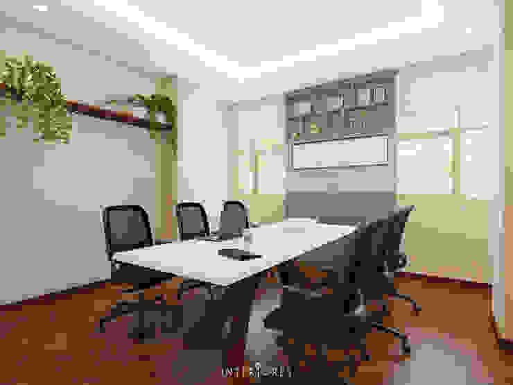 Meeting Room Oleh INTERIORES - Interior Consultant & Build