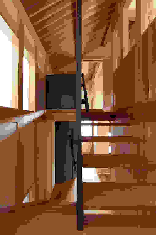 小笠原建築研究室 Stairs Solid Wood